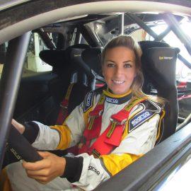 Pauline Ferrand-Prévot en Opel ADAM